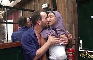 तीन गोरे में इंग्लिश सेक्सी फिल्म मूवी एक गुलाबी चूल्हे पर चुंबन और एक दूसरे के साथ ककड़ी