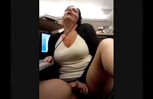 दो छात्र सेक्सी मूवी वीडियो में हैं