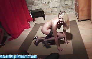 अंतहीन सेक्स की स्थिति सोनम कपूर की सेक्सी मूवी के साथ एक स्टड