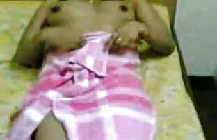 पति की सेक्सी वीडियो एचडी मूवी हिंदी में एक पत्नी है जो गर्भवती है ।