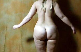 सुनहरे सेक्सी वीडियो मूवी में बालों वाली एक अजनबी के साथ यौन संबंध के लिए सहमत