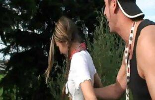 वह हिंदी वीडियो फुल मूवी सेक्सी जानता है कि कैसे एक सफेद लड़की से मिलना है